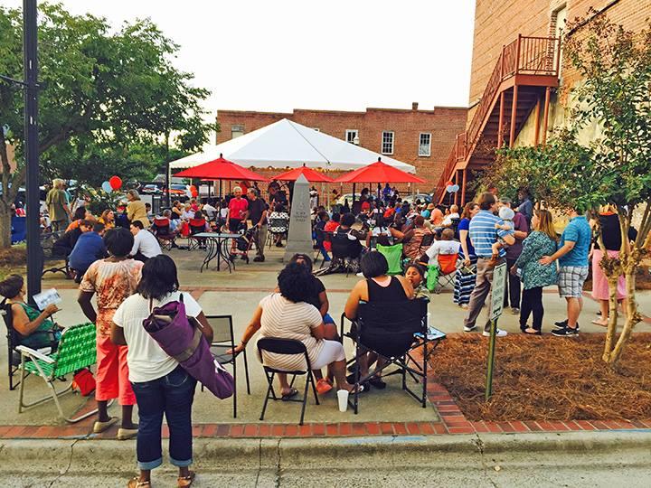 Heritage Plaza Concert Crowd Image